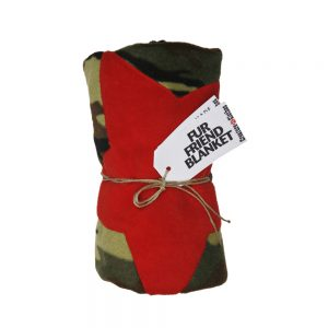 Fur Friend Fleecy Blanket - Star - Red on Army Camo
