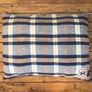 Blueberry Fogle & Pole Vintage Collection Dog Bed