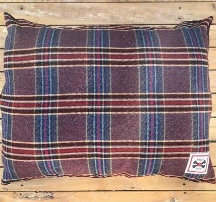 Fogle & Pole Vintage Dog Bed